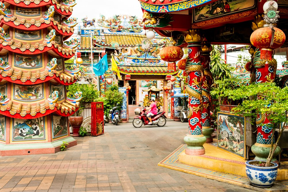 What To Do In Chiang Mai In 3 Days [the best ideas] Chiang Mai Chinese Temple