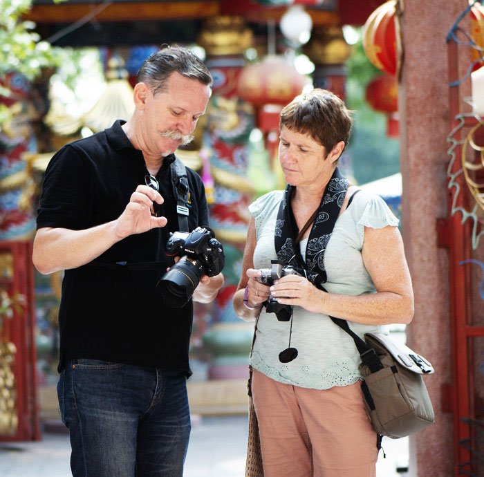 Kevin Landwer-Johan teaching photography in Chiang Mai, Thailand